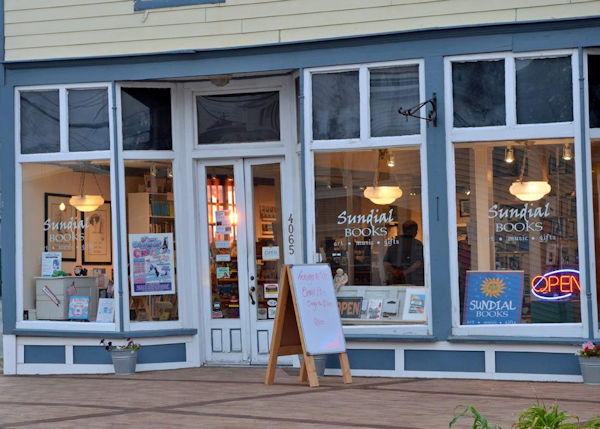 sundial-books-bookstores-1